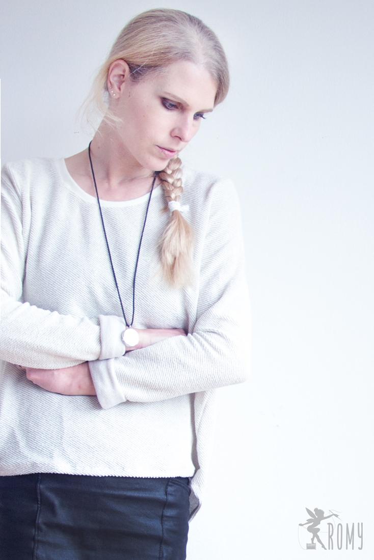 01_myfavouritesweater